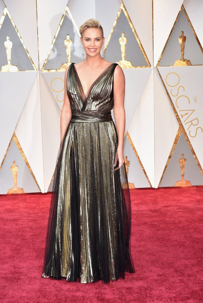 Charlize Theron in Dior, Oscar 2017