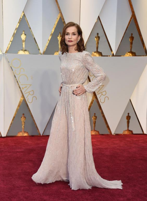 Isabelle Huppert in Armani Prive, Oscar 2017